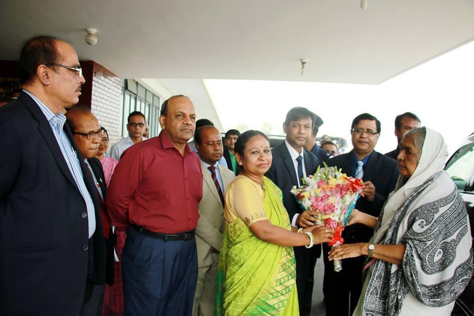 বার্ষিক গবেষণা পর্যালোচনা কর্মশালা ২০১৬-২০১৭